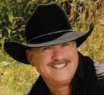 Click image for larger version.  Name:truck-driver-turned-country-singer-1.jpg Views:39 Size:10.5 KB ID:57