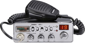 Bearcat CB Radio w/ Ergonomic Pistol Grip Mic BEARCAT680